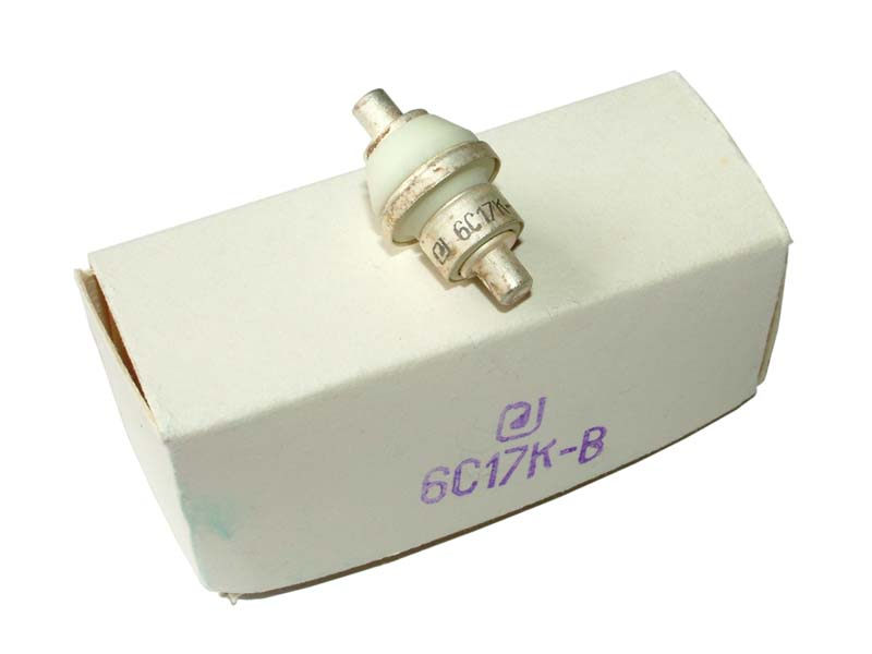 6S17K-V UHF triode tube (original box)
